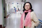 """China's """"Hallway Doctor"""" Lan Yuefeng."""