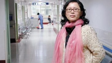"China's ""Hallway Doctor"" Lan Yuefeng."