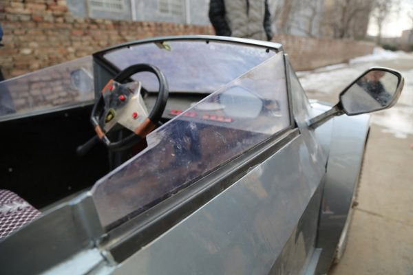 chinese-grandfather-builds-homemade-lamborghini-electric-car-to-take-grandson-to-school-06