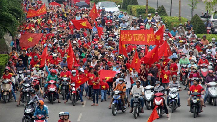 Anti-China Vietnamese protesters.