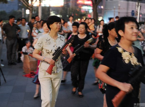 beijing-chinese-aunties-fight-imperial-japanese-devils-toy-guns-street-performance-13