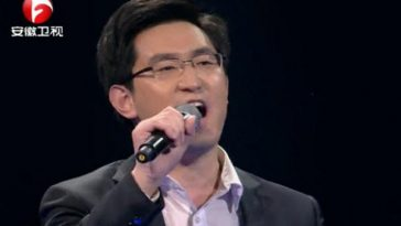 Li Chengyuan on Chinese speech show 超级演说家 Super Speaker.