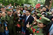 chinese-billionaire-chen-guangbiao-new-york-charity-lunch-01