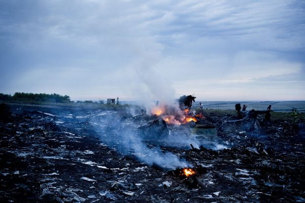 malaysia-airlines-mh17-shot-down-over-ukraine-crash-01