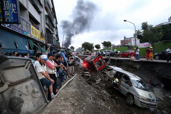 taiwan-kaohsiung-gas-pipeline-explosion-02