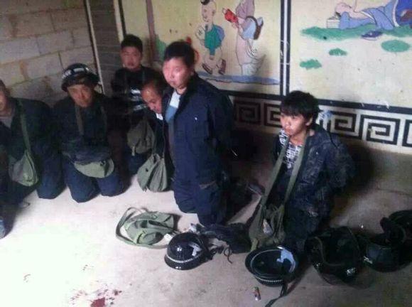 Yunnan-villagers-burn-to-death-forced-demolition-crew-02