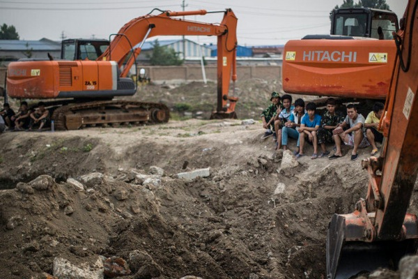 lanxiang-excavator-hacking-school-01