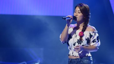"Liu Mingxiang, 3rd season contestant on popular singing talent show The Voice of China, performing ""I Crossed The Ocean To See You""."