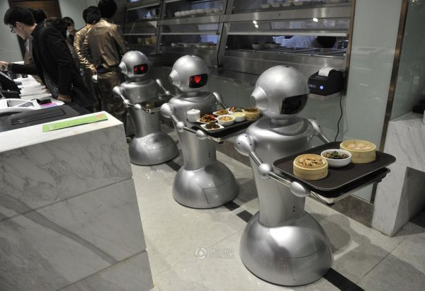 Robot-Themed-Restaurant-Opens-in-Hefei-China-02