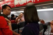 thai-airasia-flight-fd9101-turned-back-to-bangkok-unruly-chinese-couple-passengers-01