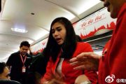 thai-airasia-flight-fd9101-turned-back-to-bangkok-unruly-chinese-couple-passengers-02