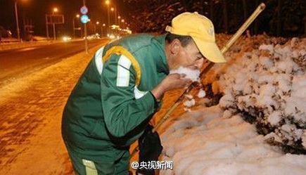 china-sanitation-workers-02