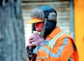 china-sanitation-workers-03