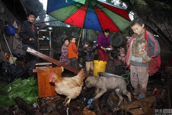 china-sichuan-couple-has-11-children-better-than-saving-money-03