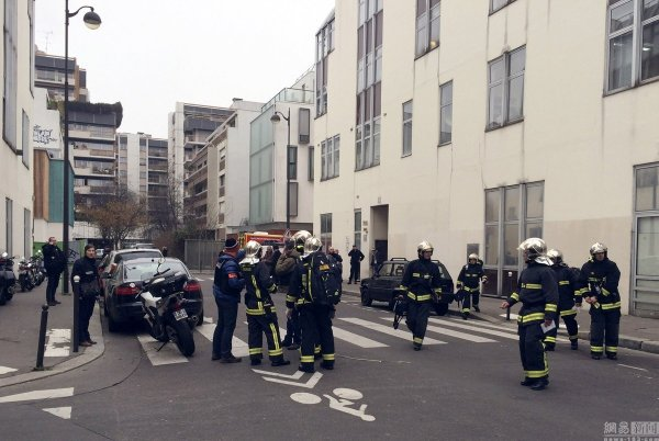 france-paris-charlie-hebdo-terrorist-attack-12