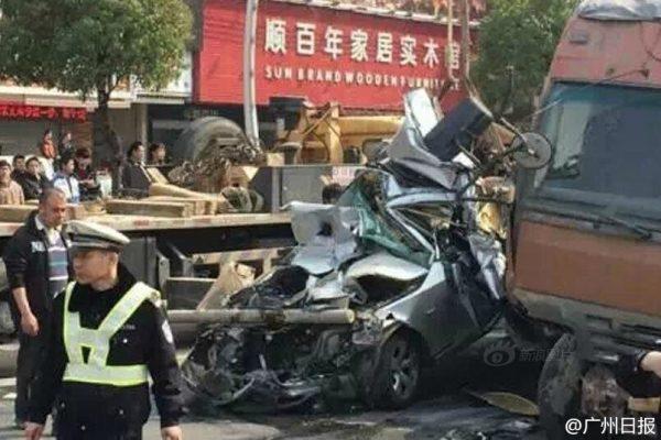 guangdong-china-cement-trucks-flatten-bmw-05