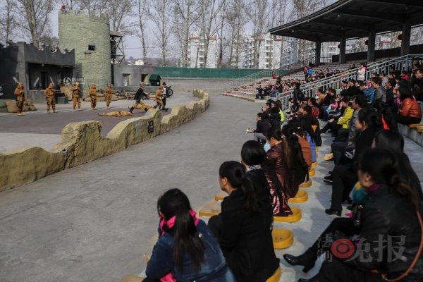 Red-Tourism-and-Sino-Japanese-War-Reenactors-05
