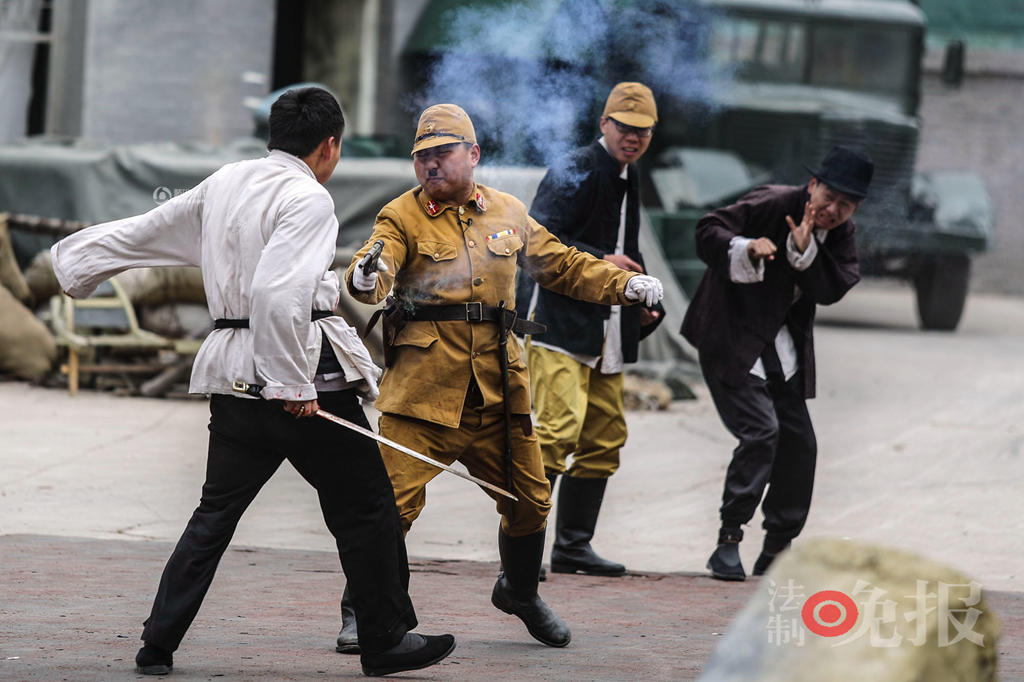 Red-Tourism-and-Sino-Japanese-War-Reenactors-06