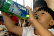 2-Year-Old Imitates Father and Drinks Chinese Spirit, Dies