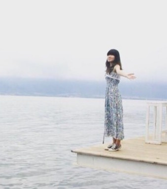 "Anhui Girl ""Poor Travels"" to 227 Cities, Netizens Criticize"