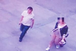 Man Cheats University Student out of 6500 RMB at Train Station