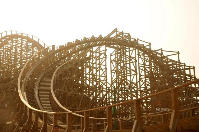 New Largest Wooden Roller Coaster Uses American Materials Chinasmack